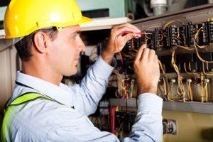 Elettricista esperto - Offerta di lavoro a Cecina